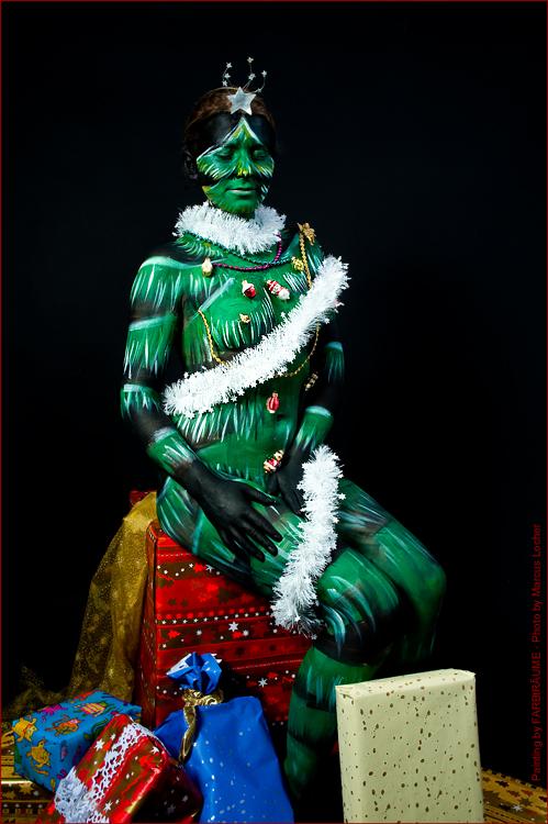 Christmas Tree - Painting by FARBtRÄUME - Photo by Magistus.de