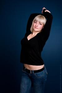 Posing in Jeans by Magistus.de