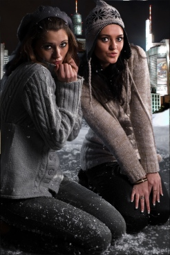 pse_mal9651_snow-girls-skyline_by-marcus-locher