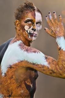 Painting: Phoenix Bodyart -- Model: Jens