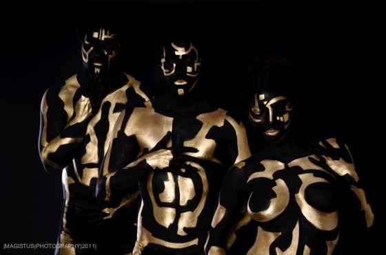 Gold in Black No. 1 - © by Magistus & FarbtRäume