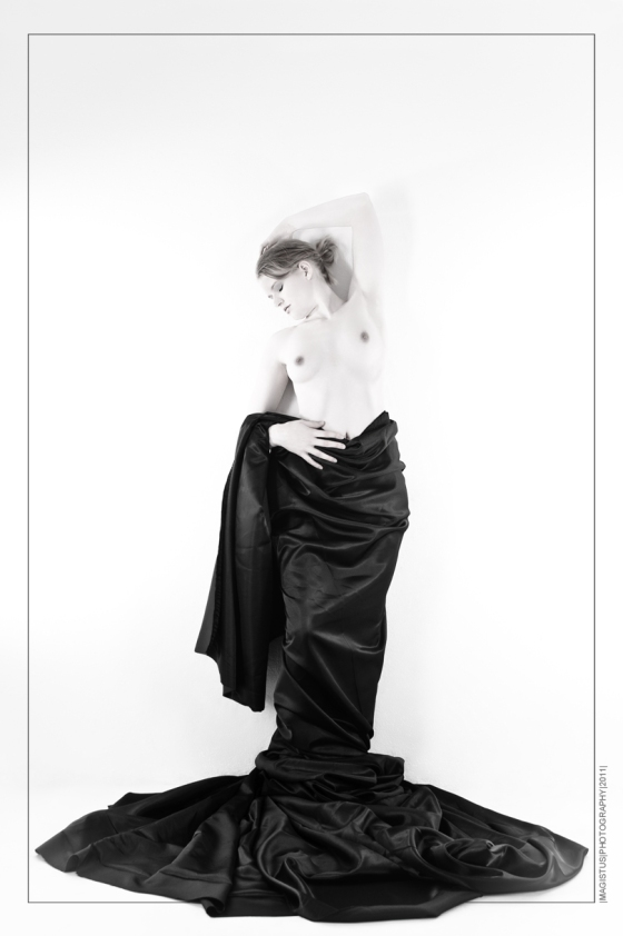 Black Silk - Nude-Art © by Magistus