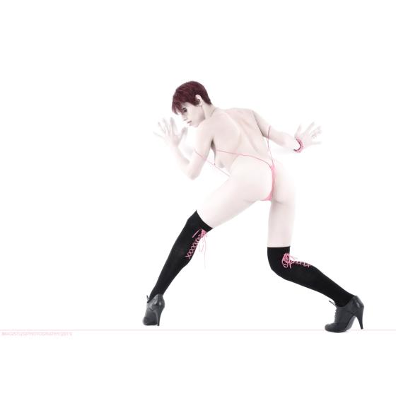 Pink Posing - Akt-Fotografie / Nude Art © by Magistus