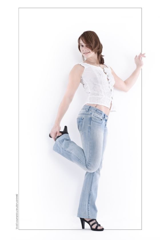 Jeans in Frame - Denim Fashion Photography © by Magistus