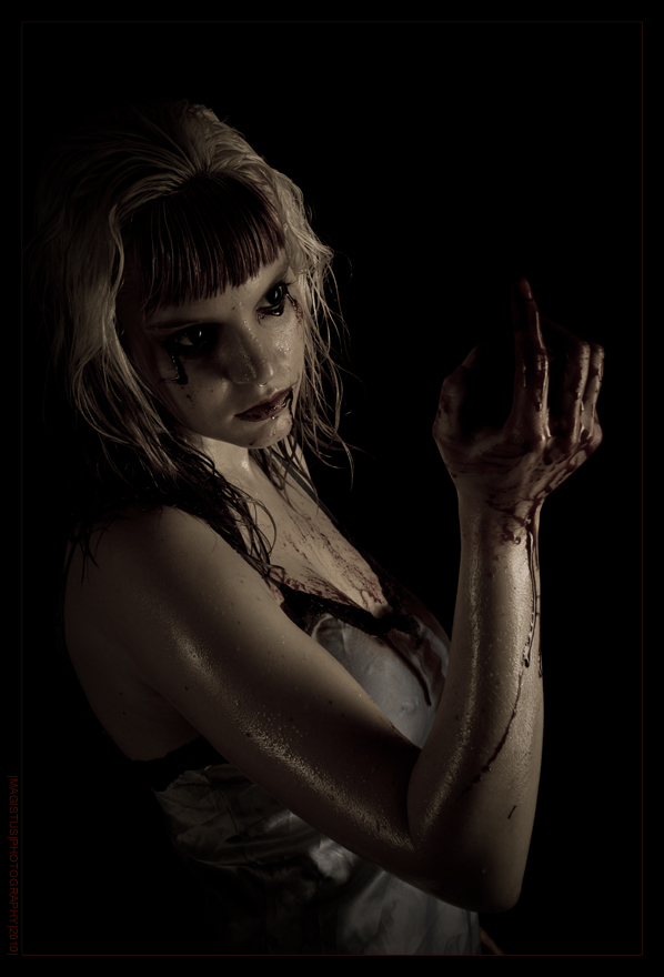 Zombi - Creepy Shooting with model styled with bloody SFX Make-Up - Photo © by Magistus