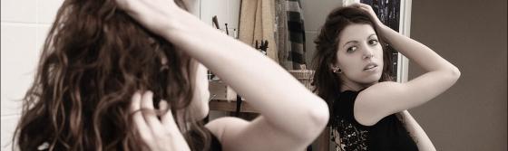 Mirror Beauty - Homestory Shooting with beautiful model posing in the bathroom mirror. - © by Magistus