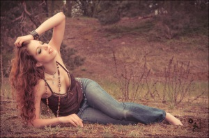 Dreaming Spring - Portrait Outdoor Photoshoot with a beautiful model posing in jeans and top in the sun - © by Magistus
