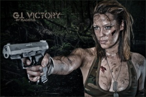 Fighter Girl: G.I. Victory - Dirtylook Girlfight Photoshooting with a fantastic and sexy girl holding a gun - © by Magistus