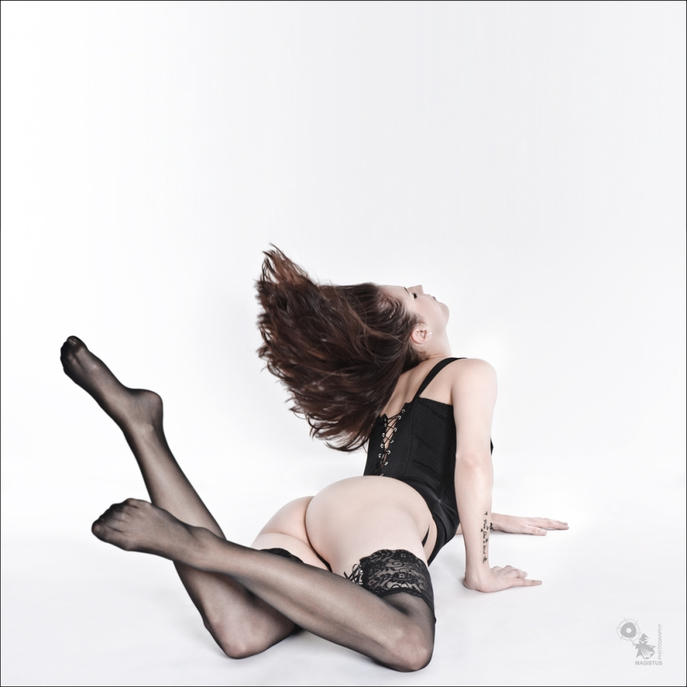Flying Hair - Sexy Lingerie and Suspenders Photoshoot - © by MagistusFoto