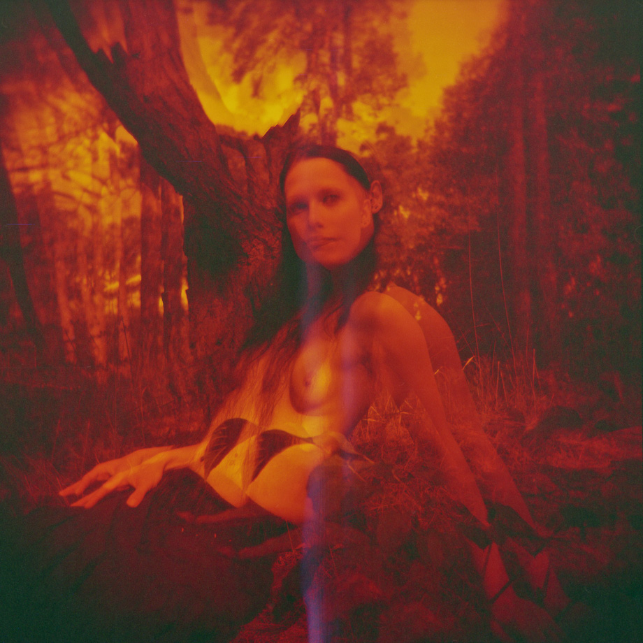 Red Scale Nude Art by @MagistusFoto (http://analogsicht.tumblr.com)  Holga 120CFN - Double Exposer - lomography REDSCALE 120 Film 100