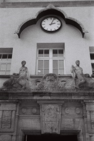 Jugendstilbad Darmstadt - Front DACORA dignette 300 SL - Ilford HP5 Plus 400 Black&White Film 35mm