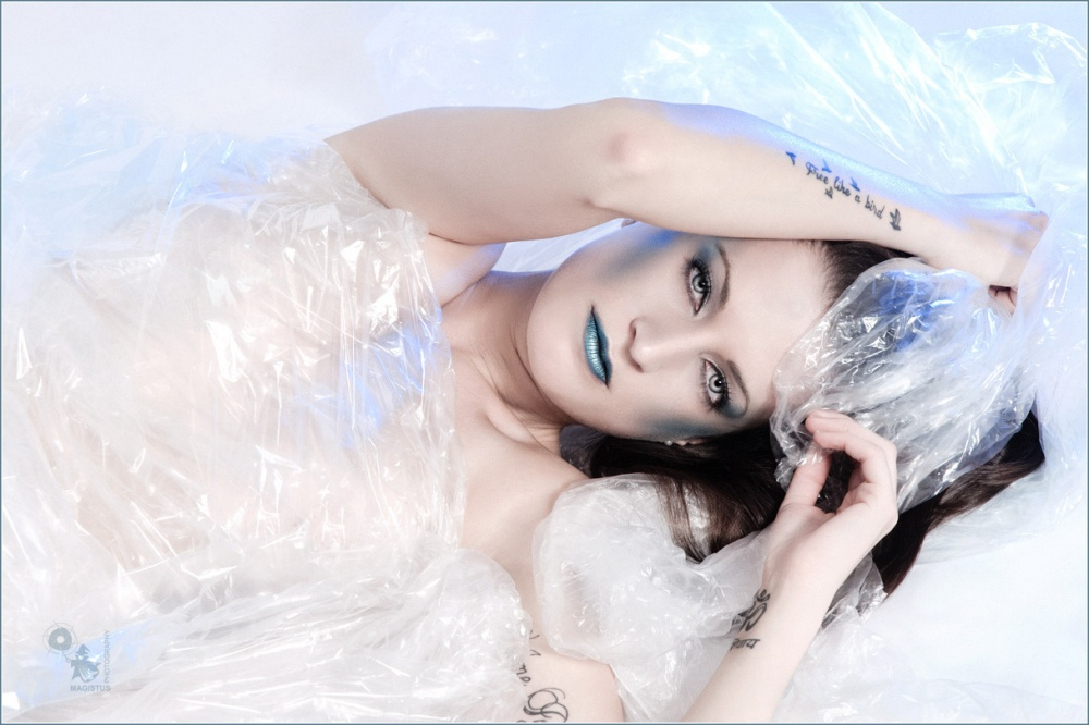 Beauty Blue Nude - Nude Art Photoshoot with fantastic blue light and makeup. - © by Magistus