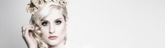 White Roses - Beauty Portrait Photoshoot - © by Magistus