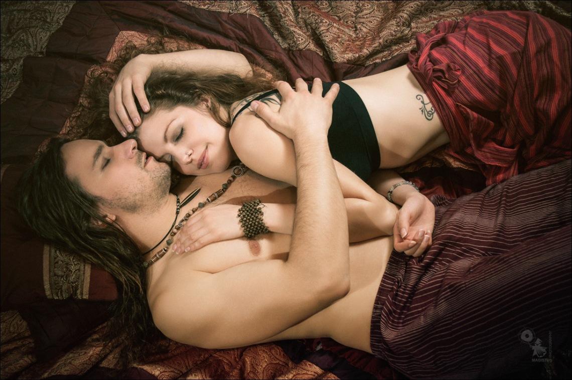 Trusting Sleep - Boy-Girl Hippie Shooting - © by Magistus