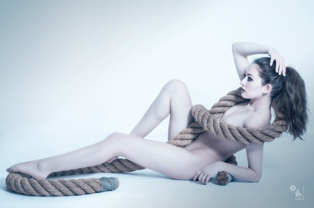 Naked Rope - Nude Art Photoshoot - © by Magistus
