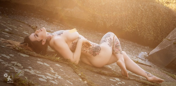 Sunray Nude - Nude Art Photography in the Sun with fantastic tattoo model Celina Blanchette - © by Magistus