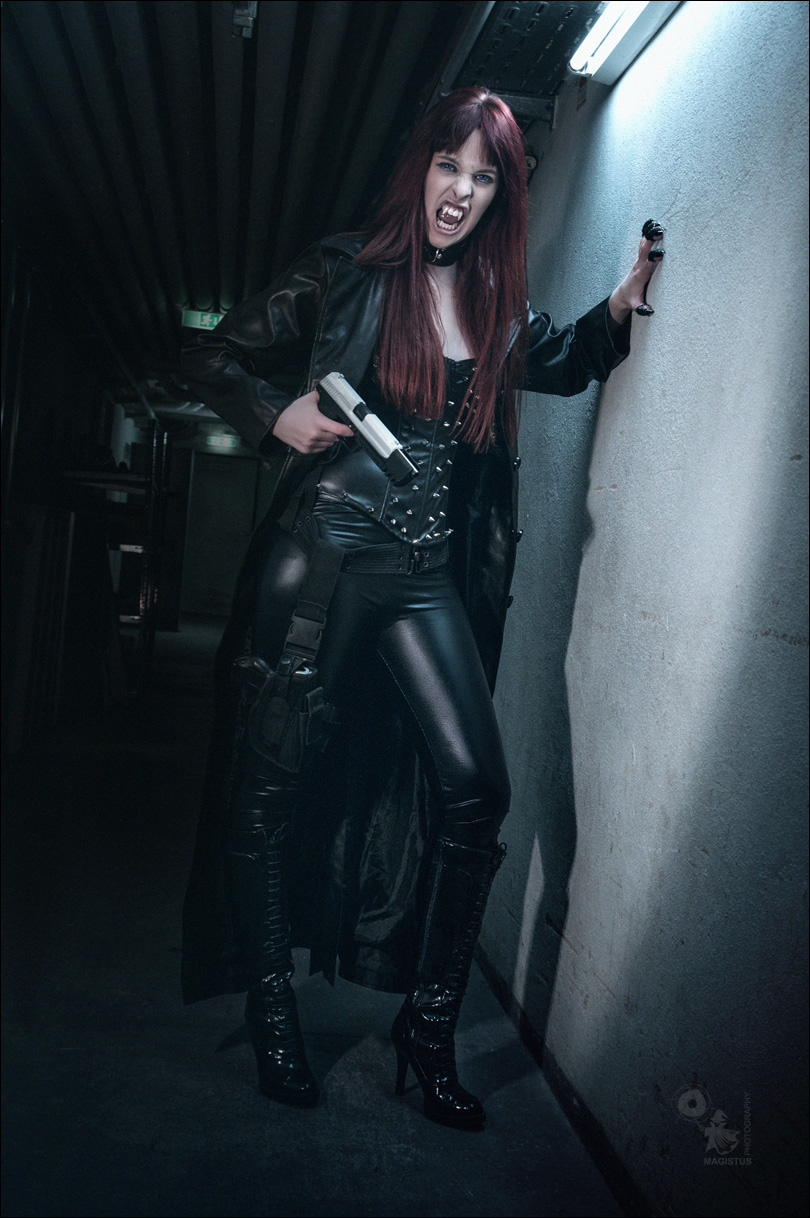 Vampire Warrior - Action Shooting inspired by the Underworld Movies - © by Magistus