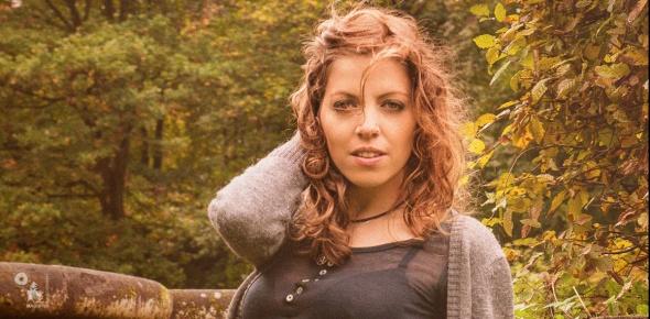 Autumn Jeans - Beautiful Jeans Portrait - © by MagistusFoto