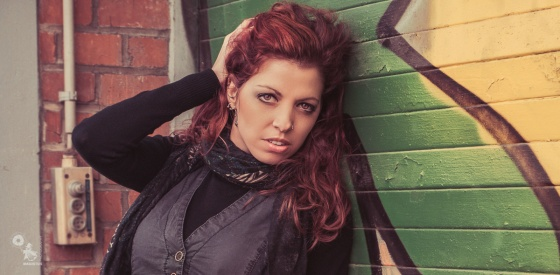 Graffiti Beauty - Wonderful natural Jeans Portrait in front of urban graffiti - © by MagistusFoto