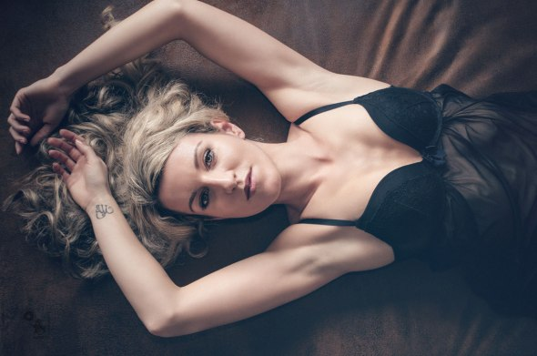 Black Lingerie - Beauty Lingerie Fashion Portrait - © by MagistusFoto