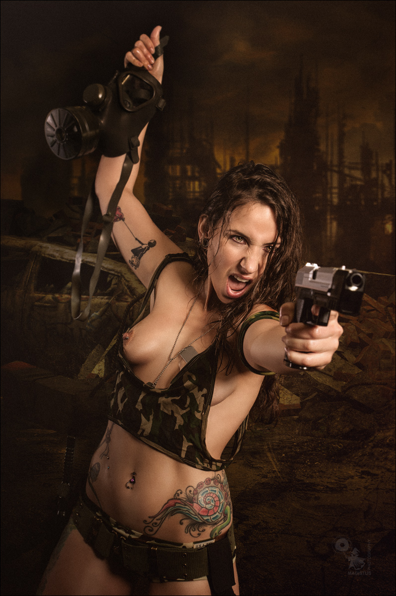 Dark Futur Fight - Erotic Fightergirl Composing with half naked model fighting with a gun - © by MagistusFoto-Bearbeitet