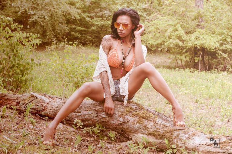 Hot Bikini Summer - Sexy and Busty Bikini Girl in Jeans Hotpants  - © by Magistus