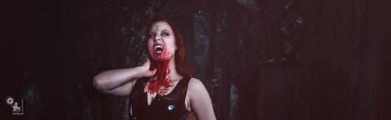 Bloody Vampire - Sexy Vampire Girl in black Latex with nice Cleavage - © by MagistusBloody Vampire - Sexy Vampire Girl in black Latex with nice Cleavage - © by Magistus