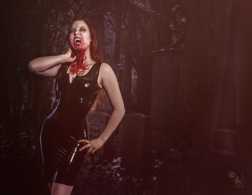 Bloody Vampire - Sexy Vampire Girl in black Latex with nice Cleavage - © by Magistus