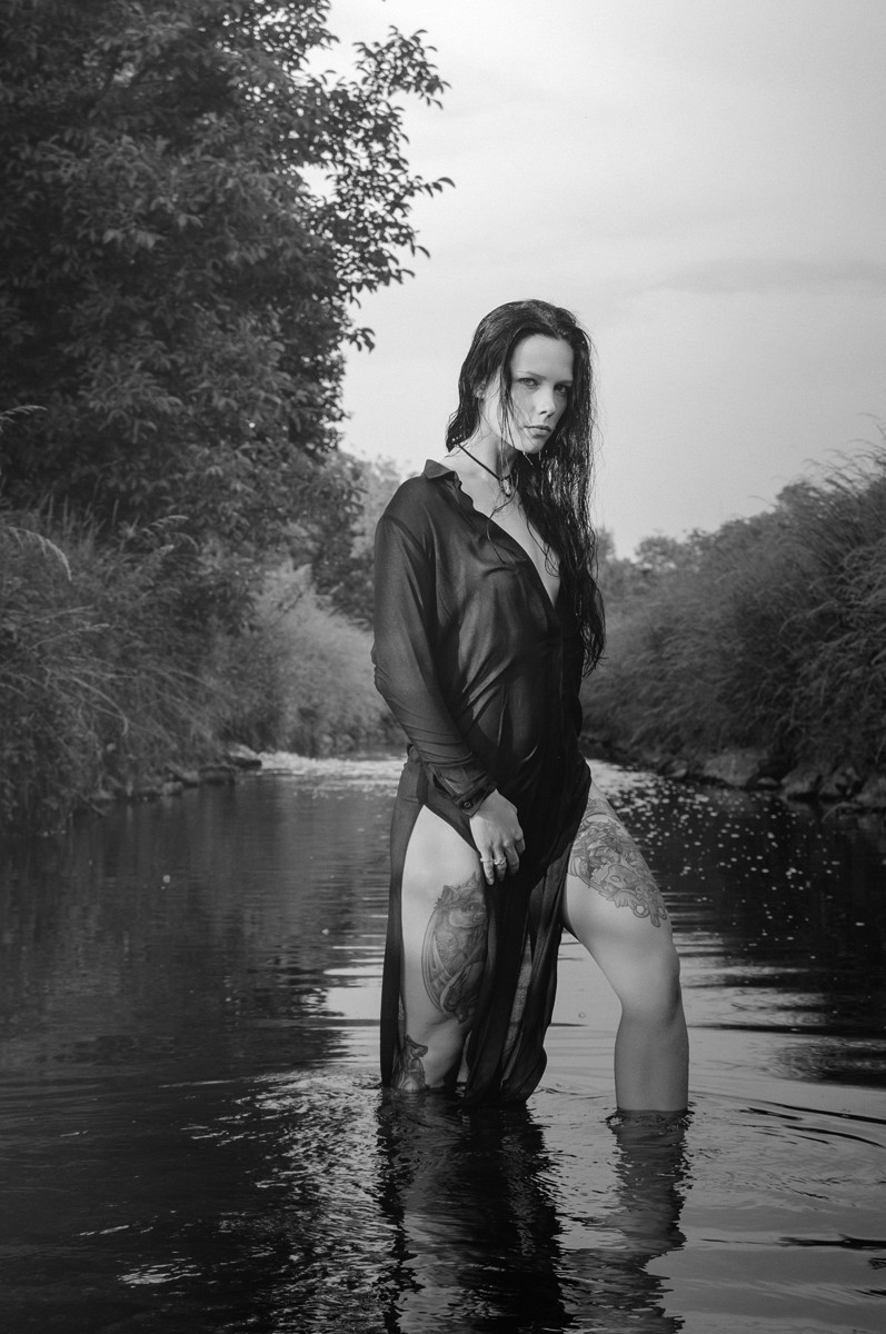 Water Beauty - Outdoor Wetlook Photoshooting - © by Magistus