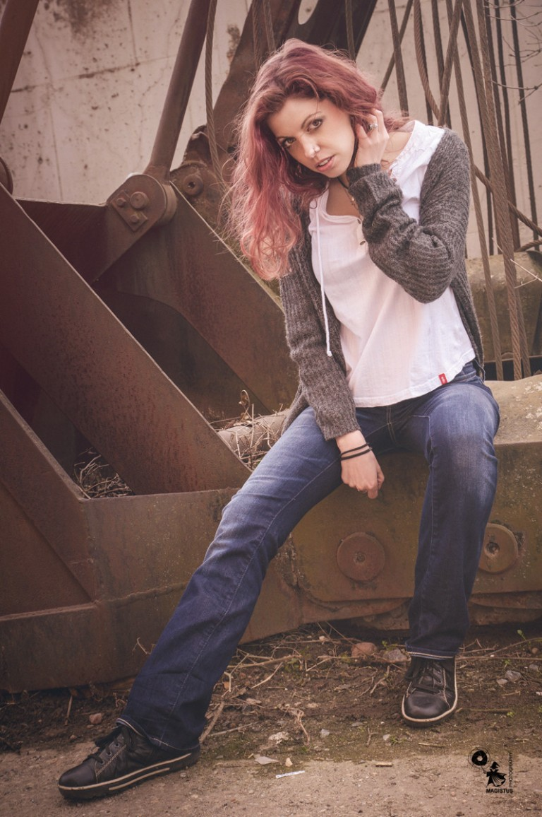 Industrial Beauty - Outdoor Jeans Portrait - © by Magistus