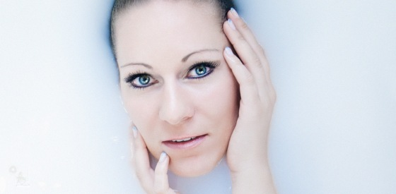 Bathing Beauty - Milk Bath Portrait - © by Magistus