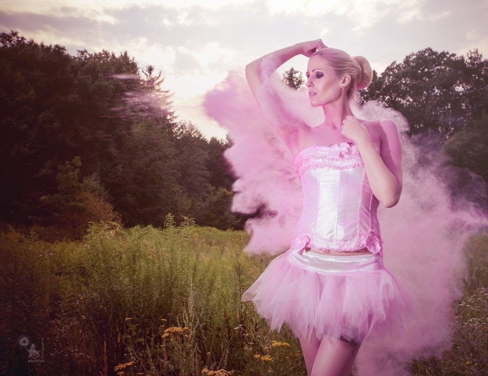 Pink Powder Beauty - Powder Photoshooting with fantastic Model posing in a Tutu and Corsage - © by Magistus
