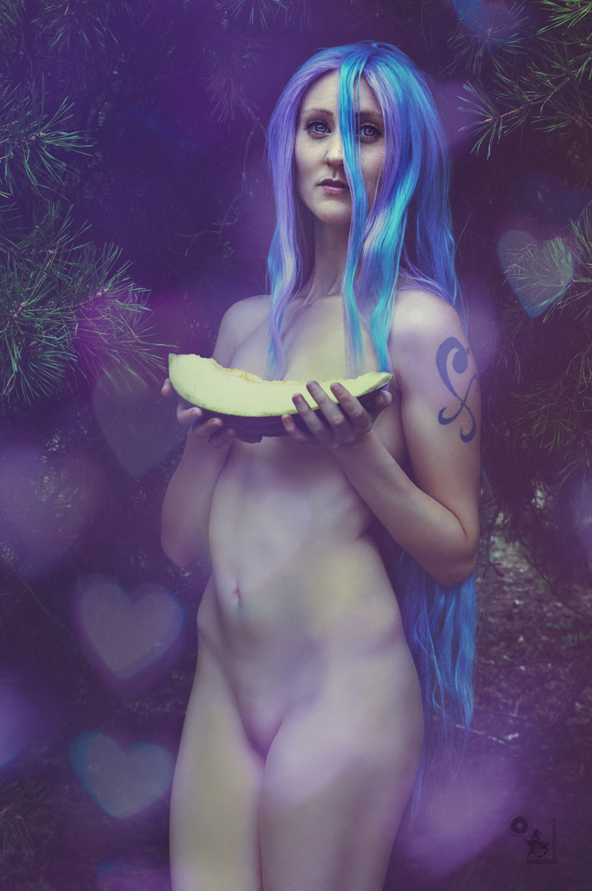 Sweet Nudes - Super sexy and beautiful naked cosplay girl in the nature - © by Magistus