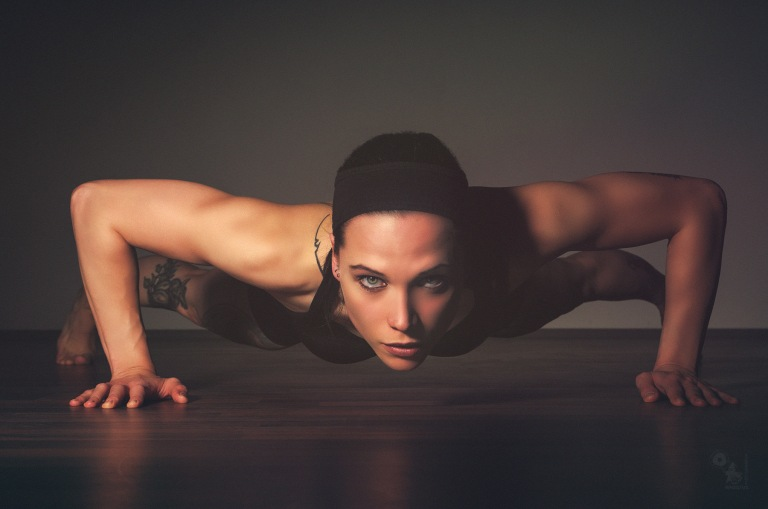 Push Up! - Fantastic Fitness Model Portrait while doing push ups - © by Magistus