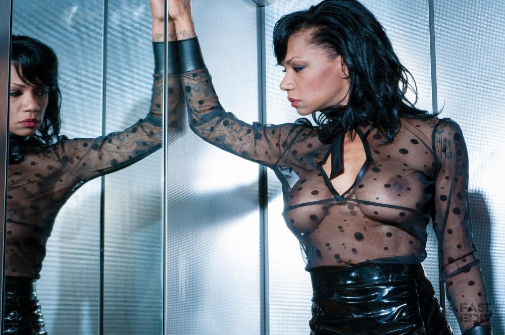 FAST EDIT: Erotic Lady No. 2 (06/2015)