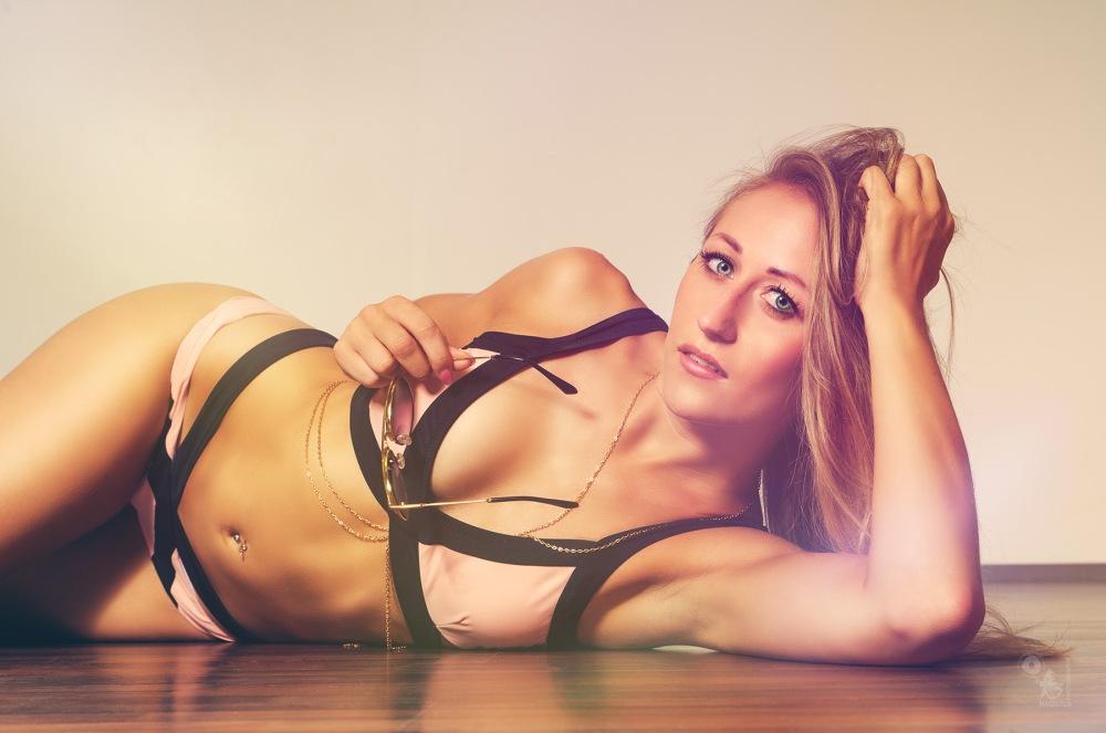 Bikini Girl - super beautiful blonde model posing in a bikini - © by Magistus