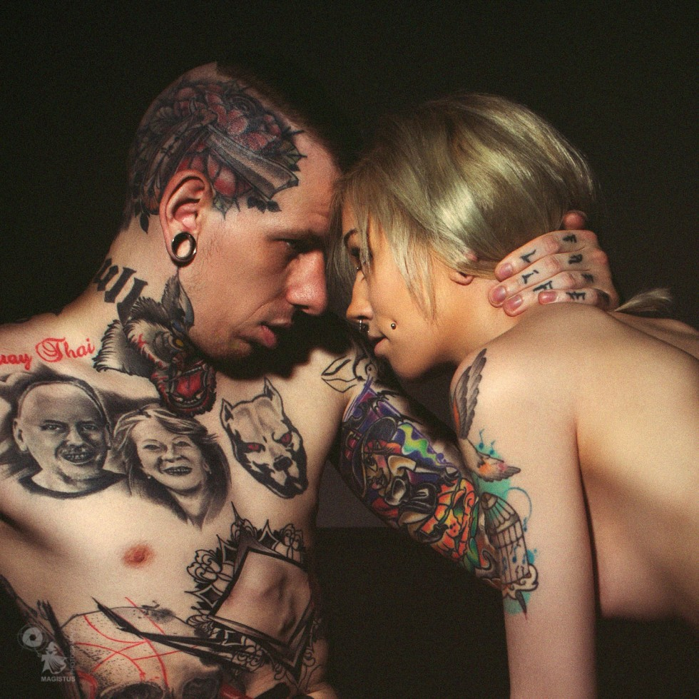 Alternative Love - super sexy naked girl is seducing a inked man - © by Magistus