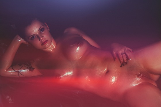 Naked Colors - fantastic nude art photo of a wonderful model posing oiled and completely naked - © by Magistus