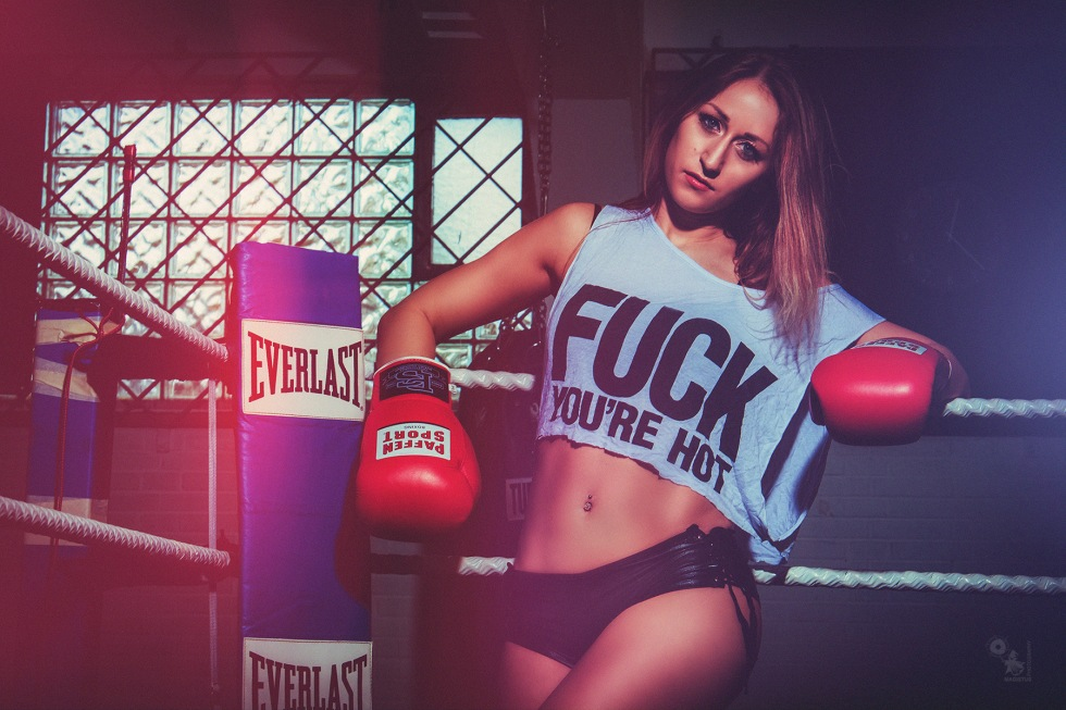 Hot Boxing - super sexy girl is posing in black hot pants in a boxing gym - © by Magistus